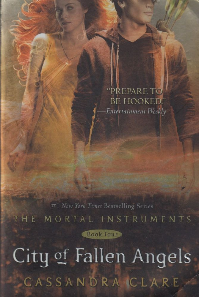 City of Fallen Angels: The Mortal Instruments Book Four. Cassandra Clare.